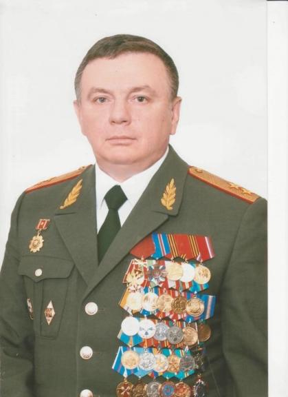 Генералов топчихинских строй