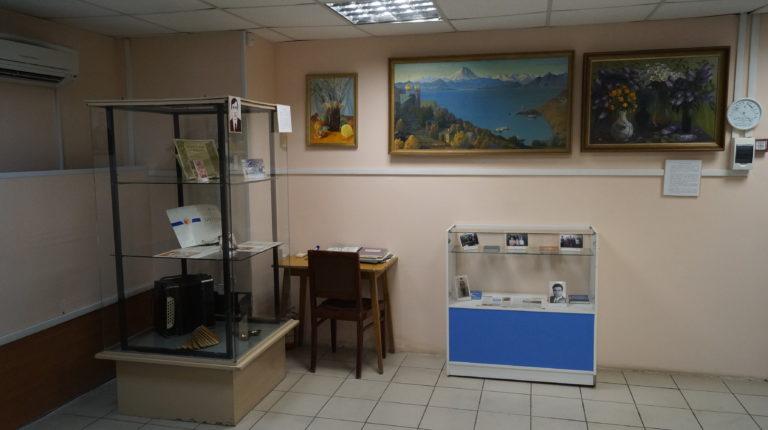 """Выставка """"Ими гордится район"""""""